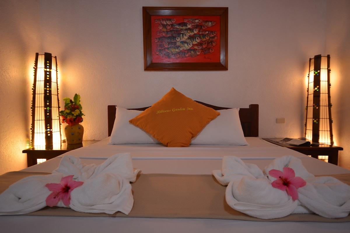 King Room |Hibiscus Garden Inn